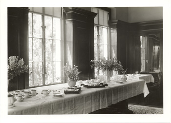 A table set for tea, possibly for the visit of King George VI and Elizabeth II in 1939 to Niagara Falls.